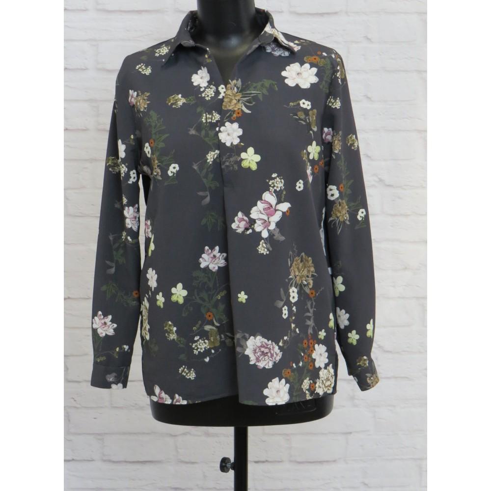 Блузка очень симпатичная